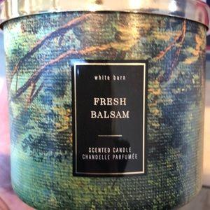 NWT Bath and Body Works Fresh Balsam 3 Wick Candle
